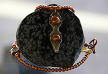 black-stone-copper-necklace
