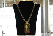 colorful-crystal-necklace